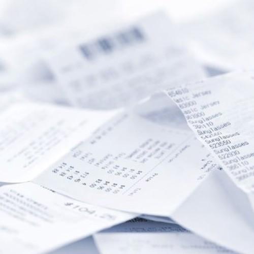 E-paragony fiskalne mają pomóc w walce z szarą strefą. Jej udział w stratach VAT może sięgać 50 mld zł