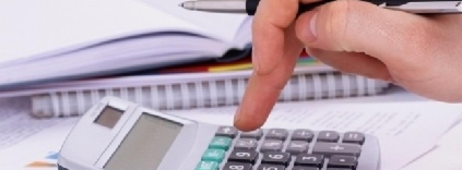 Kiedy działalność edukacyjna jest zwolniona z VAT-u?