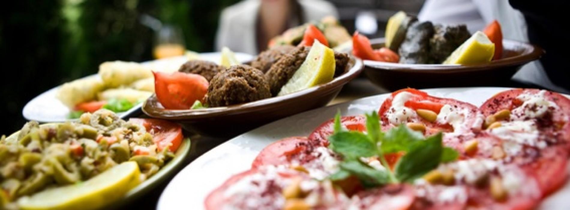 Podatek VAT za usługi gastronomiczne i cateringowe