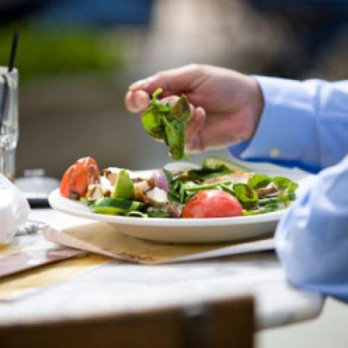 Wydatki poniesione na posiłki w restauracji nie są kosztami uzyskania przychodów