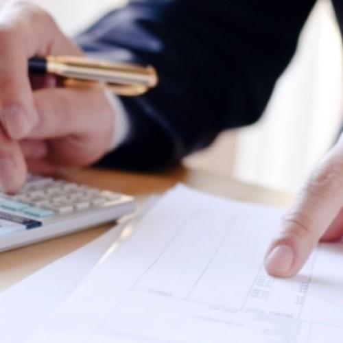 Firmy mogą już stosować mechanizm podzielonej płatności. Dla niektórych może on oznaczać problemy z płynnością