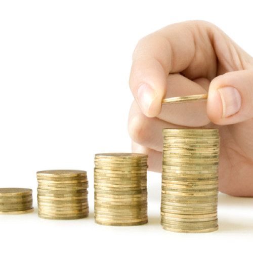 Przy obecnym poziomie złotego zagraniczne firmy powinny inwestować w Polsce na potęgę