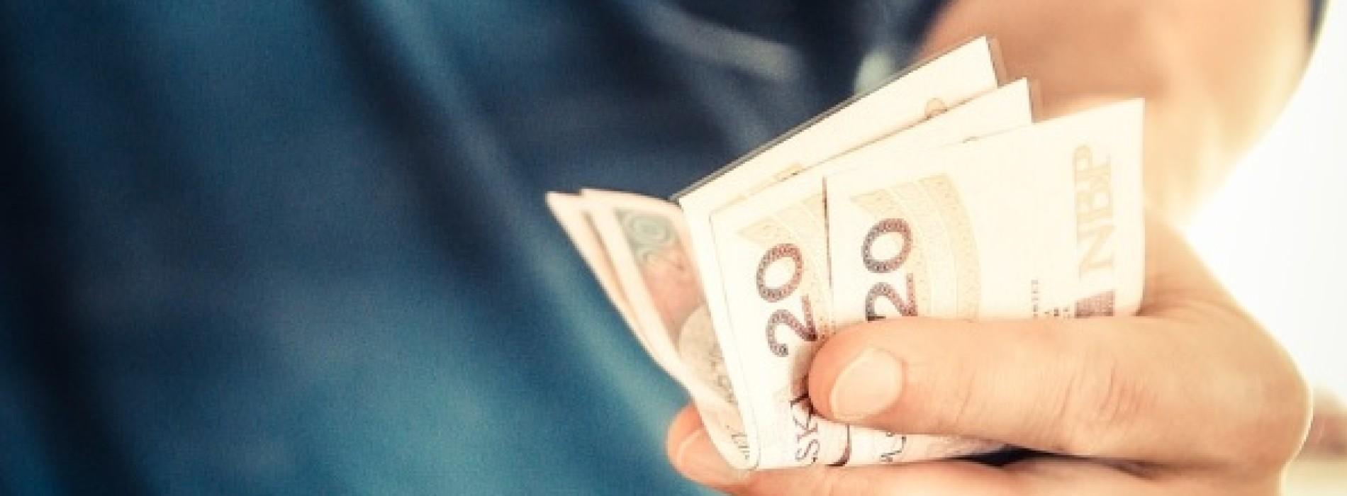 Najbardziej denerwujące opłaty bankowe
