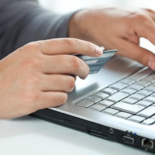Od lutego nie zapłacimy kartą w internecie