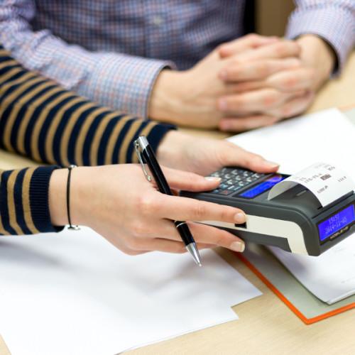 Koszty prowadzenia karty podatkowej wciąż rosną